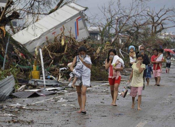 Новости в фотографиях - Тайфун Хаян унес жизни более 10 тысяч человек - №5