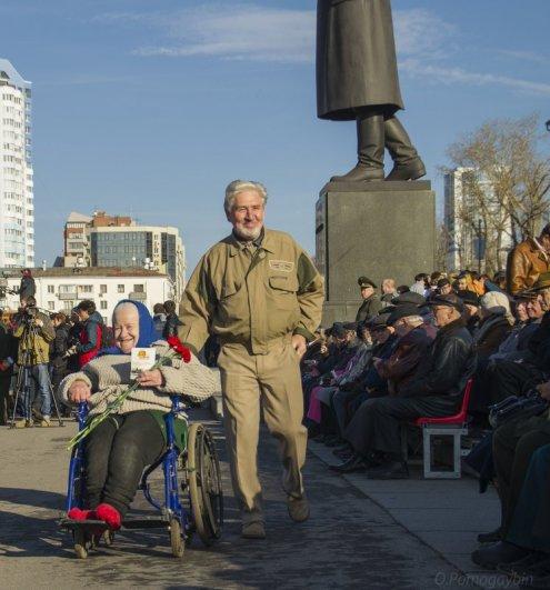 Олег Помогайбин
