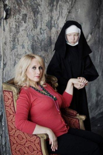 Обратная сторона материнской любви в интересном фото проекте - №8
