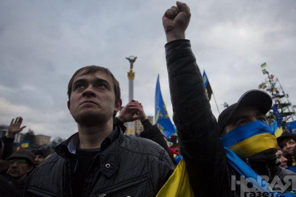Новости в фотографиях - Украина. ЕвроМайдан 2013 - №7