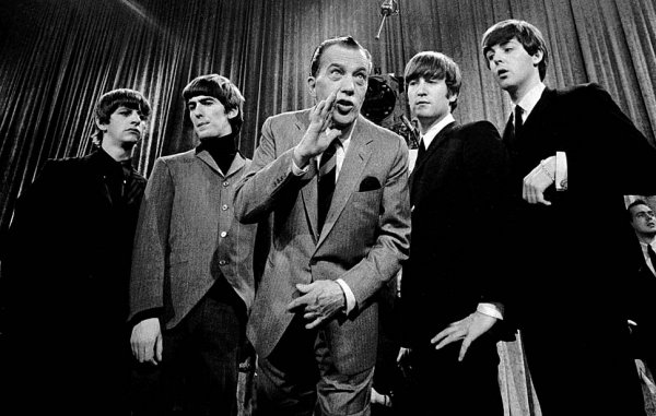 Новости в фотографиях - подборка в память о Джоне Ленноне - №3