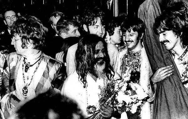 Новости в фотографиях - подборка в память о Джоне Ленноне - №7