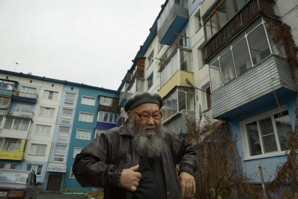 Валентин Агафонович живет в Горно-Алтайске