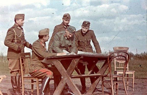 Интересные фото от военного корреспондента - №10