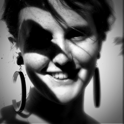"Сара Мун. Авриль Бенар. Кадр из фильма ""5H-5"", 2013. © Sarah Moon"