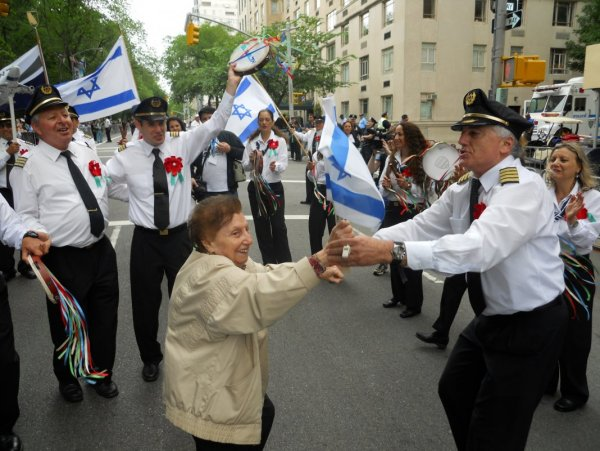 Salute-to-Israel-Parade-020