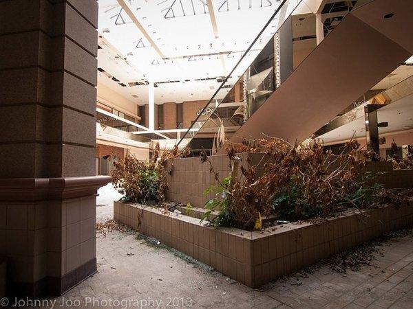 Заброшенные здания - бывшие мегамоллы США - №2