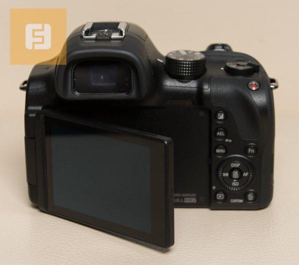 беззеркальная камера Samsung