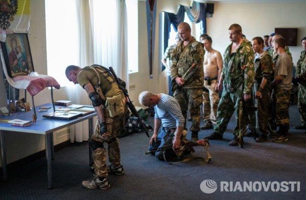 Памяти фотокорреспондента Андрея Стенина... - №22