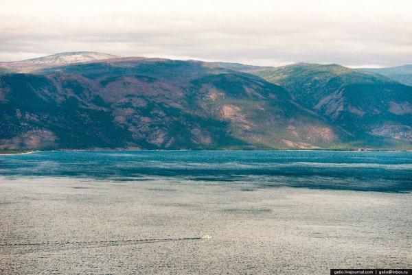 озеро Байкал Россия