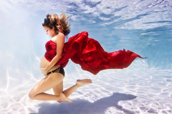 необычные фото беременных под водой
