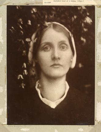 Джулия Маргарет Кэмерон. Миссис Эрбет Дакворс, 1872. © Victoria and Albert Museum, Лондон