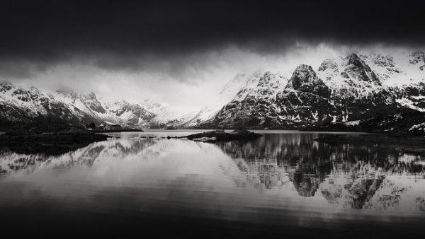 черно-белый пейзаж 19