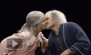 Этих влюбленных состарили с помощью грима, чтобы увидеть их реакцию
