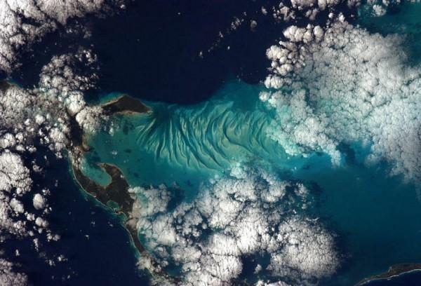 Фотографии Криса Хэдфилда из космоса