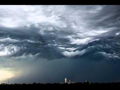 Time lapse видео во время бури