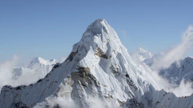 Полёт над крышей мира - головокружительные Гималаи