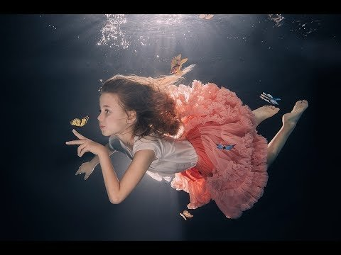 Underwater photosession